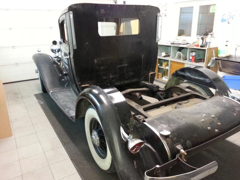 Cadillac_LaSalle_1932-01